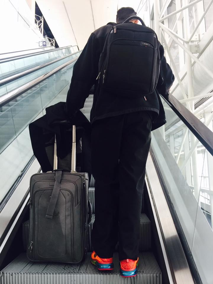 Will un autista con problemas en el aeropuerto